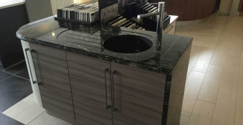 Black-Forrest-Granite-showroom-display