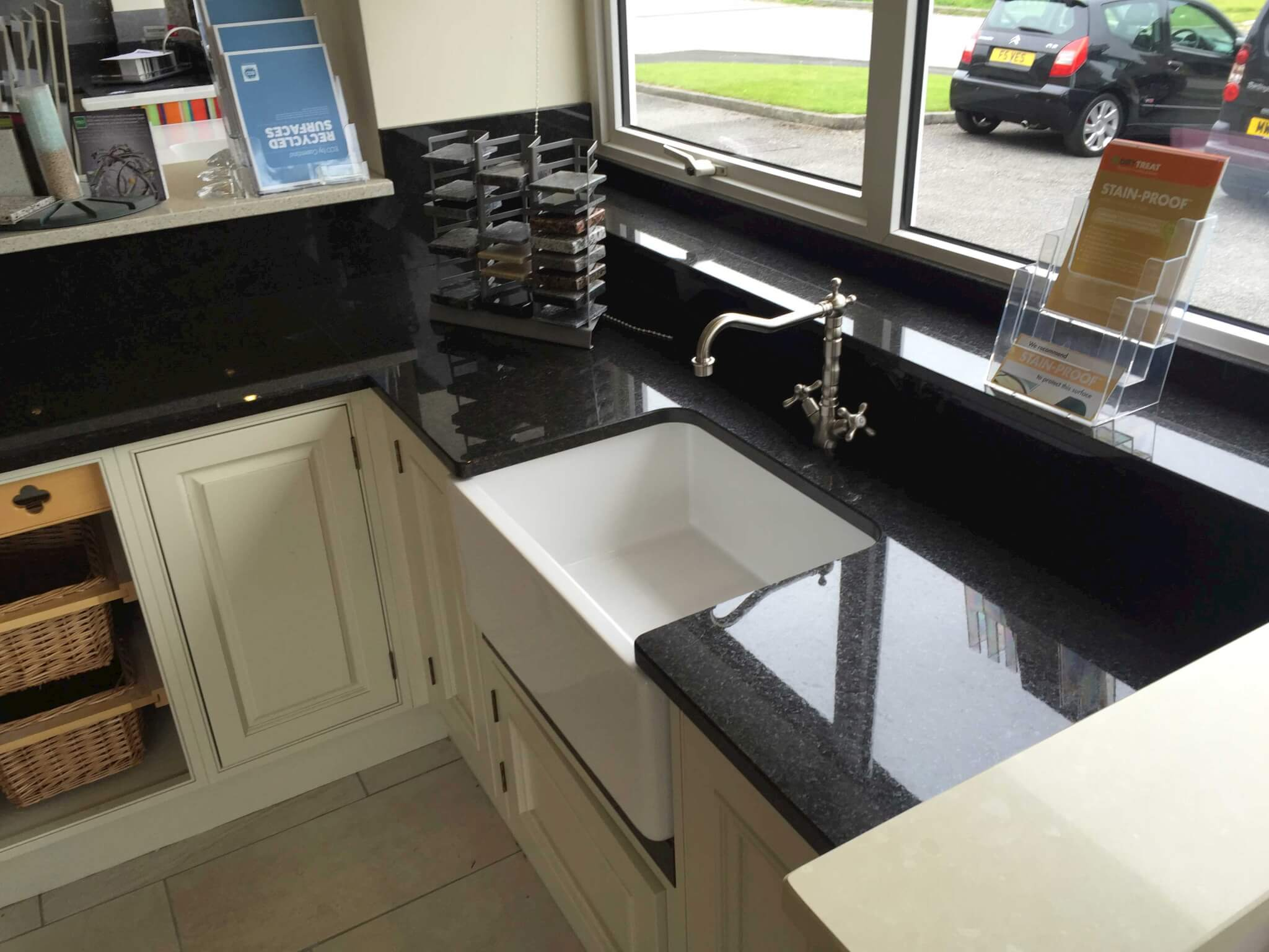 Showroom-display-black-pearl-granite